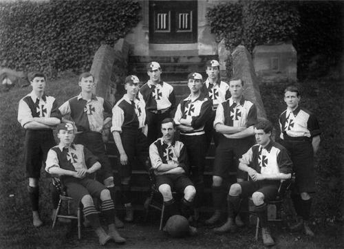 Malvern College football team 1900